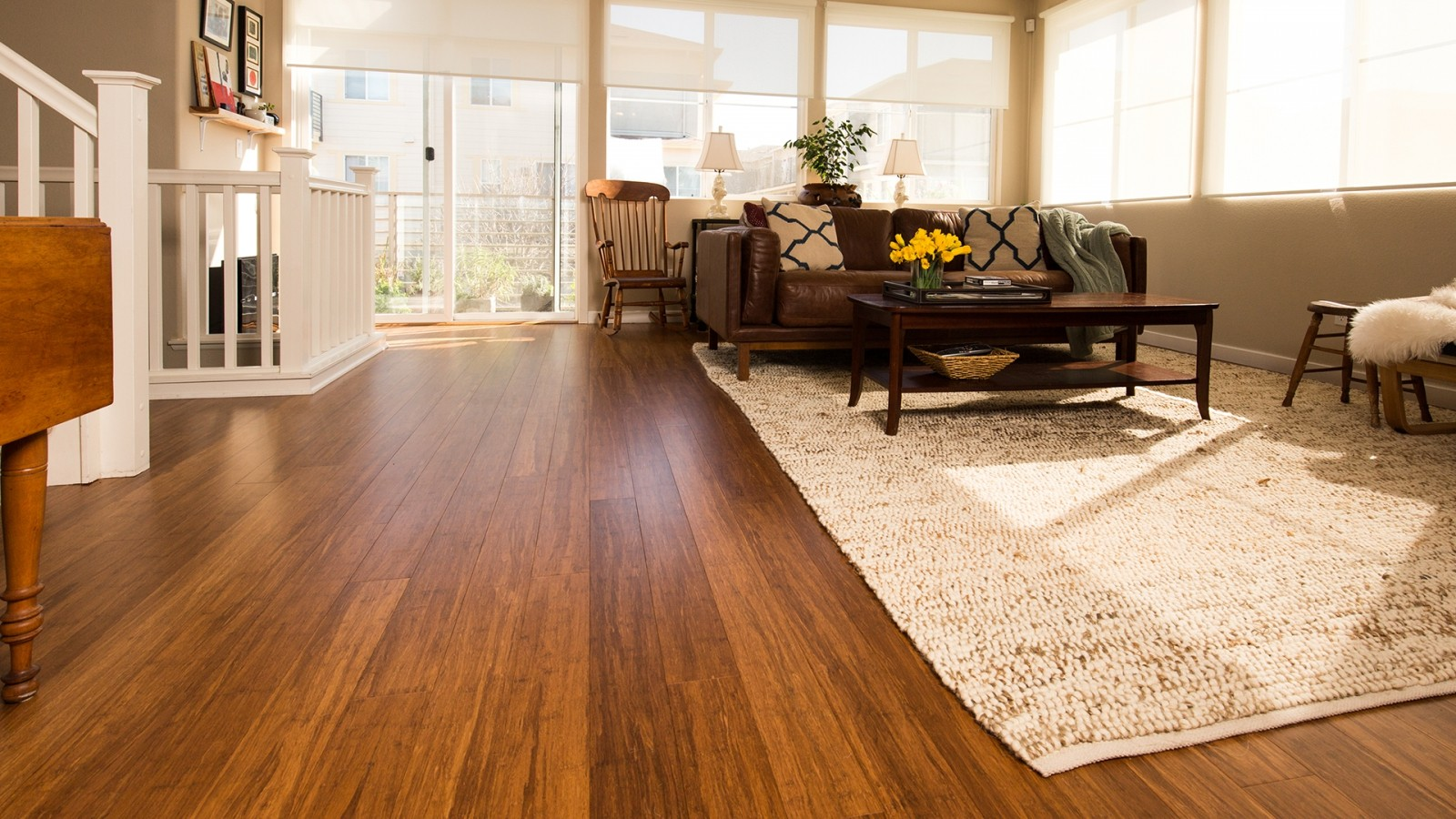 Roberts-Flooring-Services-hardwood-flooring-installation-in-salon